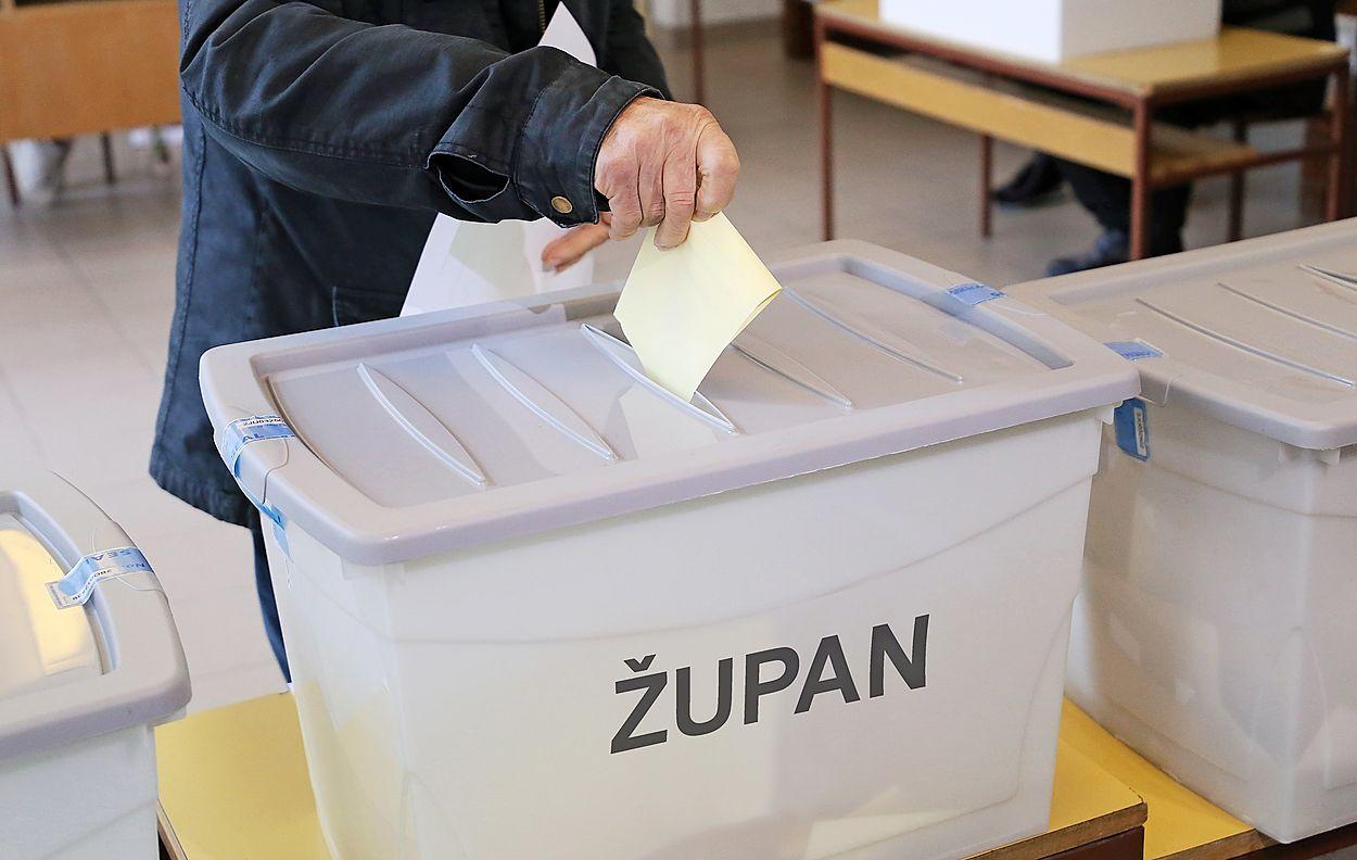 V skupno devetih primorskih občinah bodo volilke in volilci v nedeljo  odločali 7382843c2e