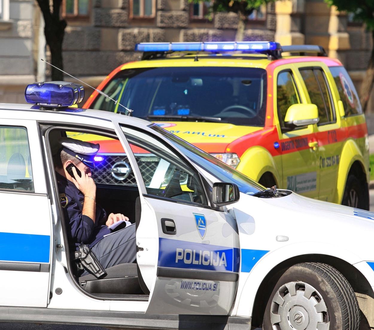 www.primorske.si