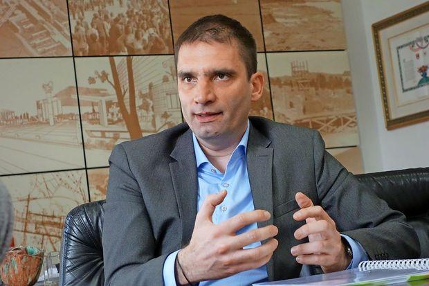 Župan, ki napoveduje, da so političnemu kadrovanju šteti dnevi