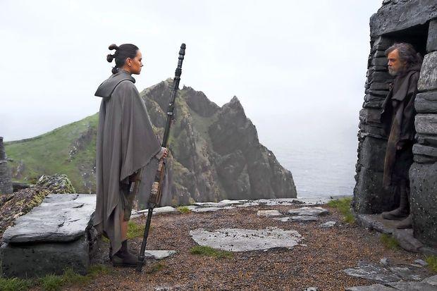 Poslednji Jedi Disneyju v treh tednih prinesel več kot milijardo dolarjev