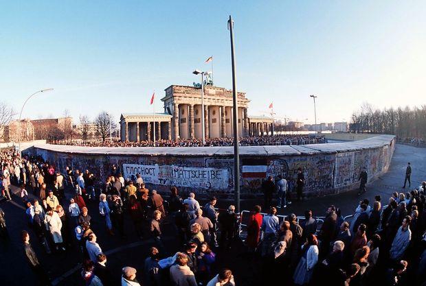 Berlin in Nova Gorica med vidnimi in nevidnimi zidovi