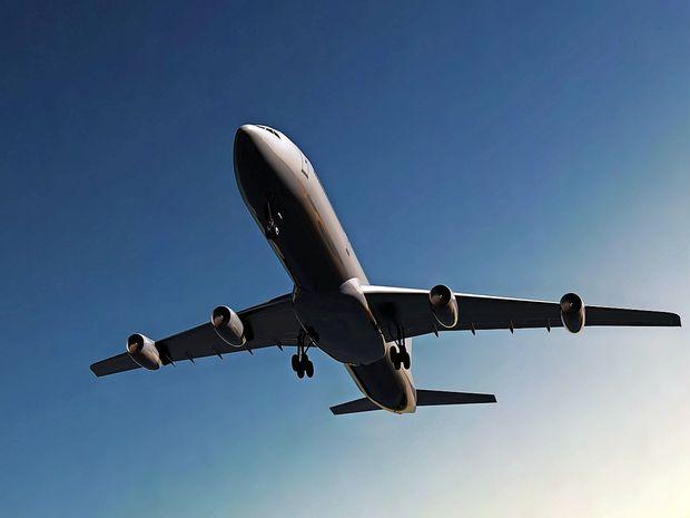 Manj prevozov z letali za omejitev podnebnih sprememb