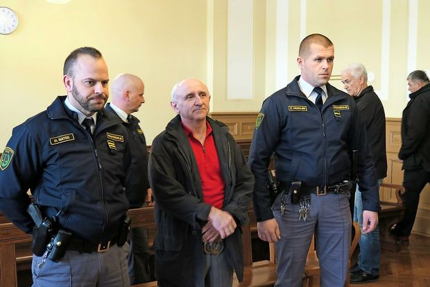 Senadu Softiću za umor sredi ceste v Mariboru 26 let zapora