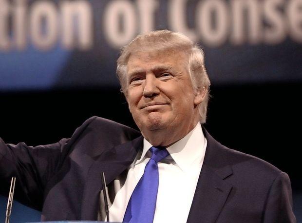 Trump naj bi danes ali v petek uvedel carine na uvoz jekla in aluminija