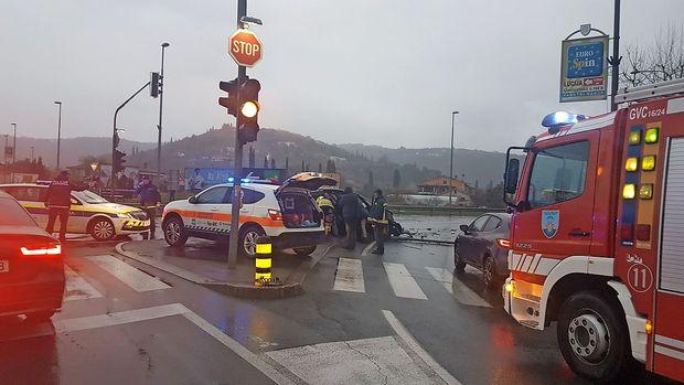 V trčenju v Luciji 23-letna voznica huje poškodovana