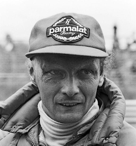 Umrl je Niki Lauda, sloviti dirkač formule 1