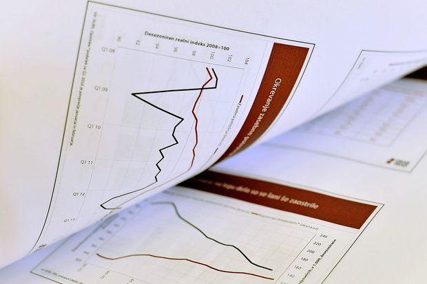 OECD Sloveniji znižala napoved letošnje gospodarske rasti, zvišala za leto 2020