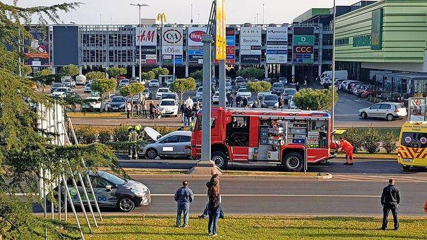 Prometna nesreča zaradi nepravilnega prečkanja ceste