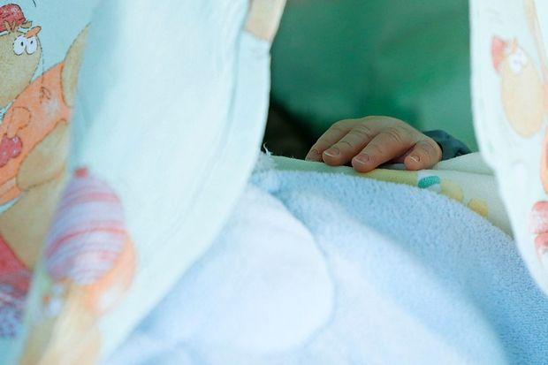 Po opozorilih strokovnjakov v nosečnosti ni varne alkoholne pijače