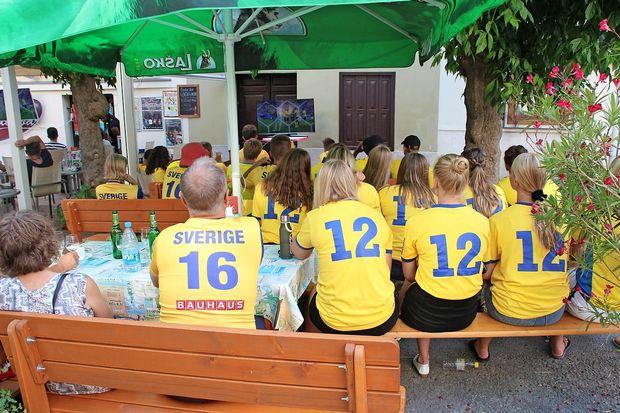 Trdoživi Švedi po SP 1994 spet v četrtfinalu