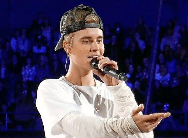 Justin Bieber je zaprosil manekenko Hailey Baldwin