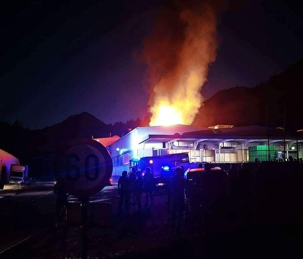 Po sinočnjem požaru so v livarni Hidrie danes že zagnali proizvodnjo