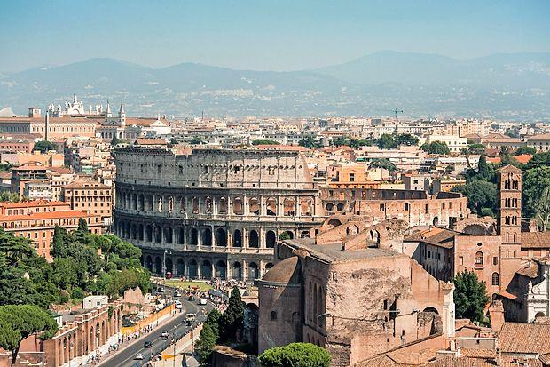 Nova vodja rimskega Koloseja bi areno odprla rock koncertom