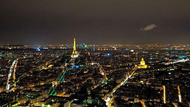 V Parizu našli mesto za monumentalen šopek tulipanov Jeffa Koonsa