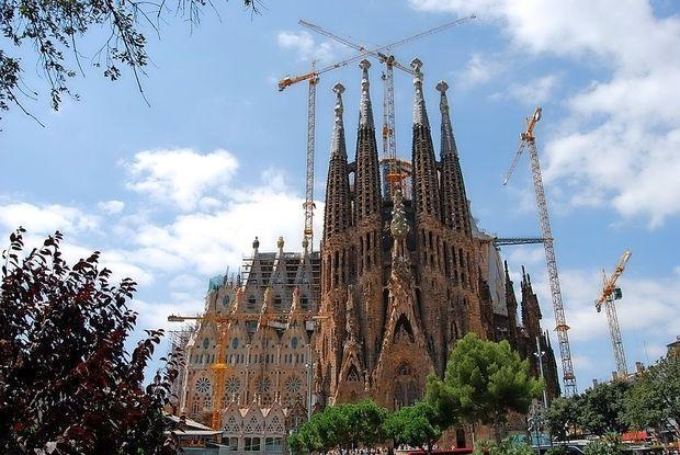 Sagrada Familia po 136 letih dobila gradbeno dovoljenje
