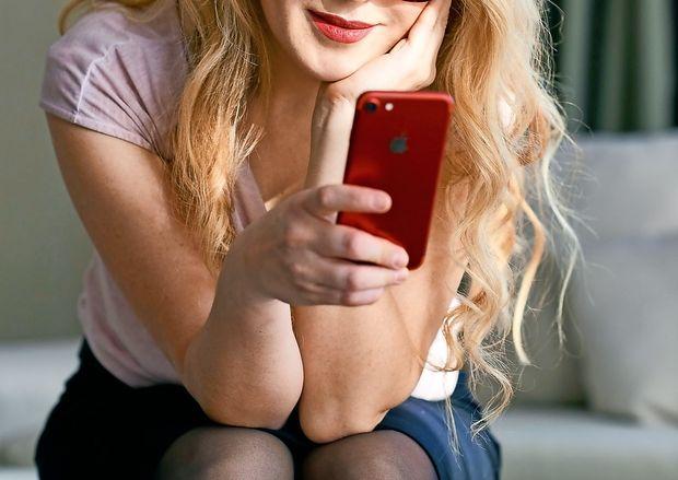 Zakaj gledanje v zaslone povzroča nespečnost?
