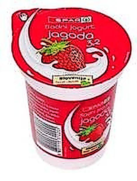 Odpoklic jagodnega jogurta Spar iz prometa