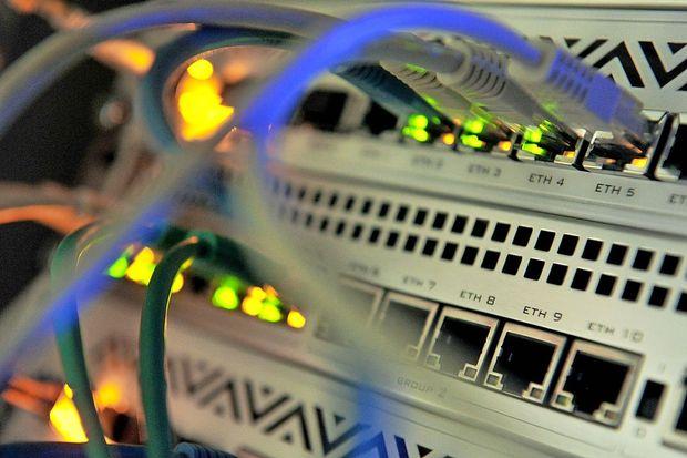 Strokovnjaki opozarjajo na vse pogostejše kraje kriptovalut