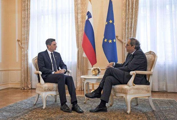Pahor na neuradnem pogovoru sprejel katalonskega predsednika