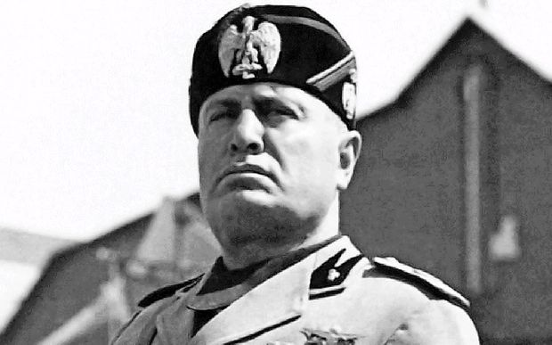 Ruski režiser Sokurov načrtuje film o Mussoliniju