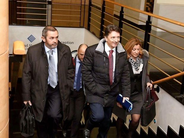 Delničarji na čelu z SDH izglasovali nezaupnico upravi Luke Koper