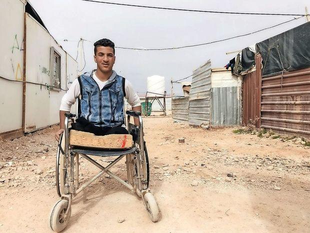 Sedem let vojne v Siriji terjalo več kot 350.000 življenj