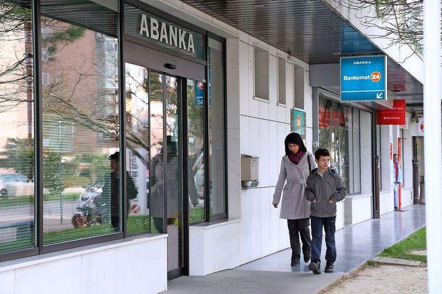 Za Abanko neuradno tri ponudbe