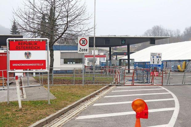 Avstrija vztraja pri nadzoru meje