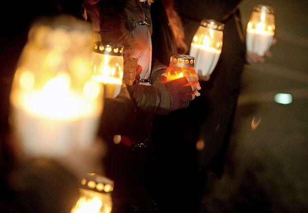 Na Šrilanki na velikonočno nedeljo teroristični napadi z več kot 200 smrtnimi žrtvami