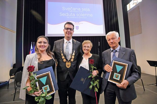 Podelili so priznanja letošnjim občinskim nagrajencem