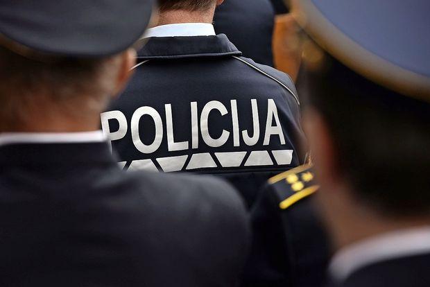 Eksplozija v Črni vasi in sumljiv predmet v Brezovici najbrž povezana