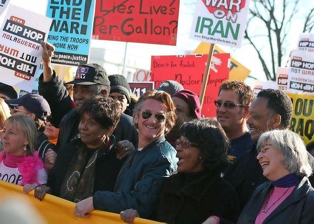 Sean Penn naj bi pripravljal dokumentarec o umoru Hašodžija
