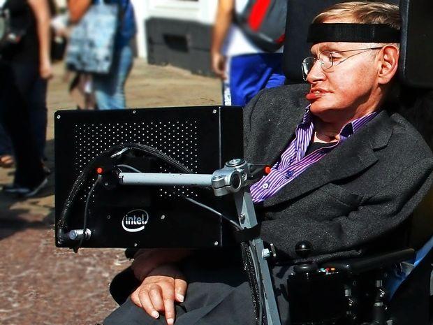 Umrl sloviti britanski fizik Stephen Hawking