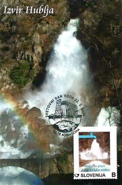 O vodi na razglednici, znamki in razstavi