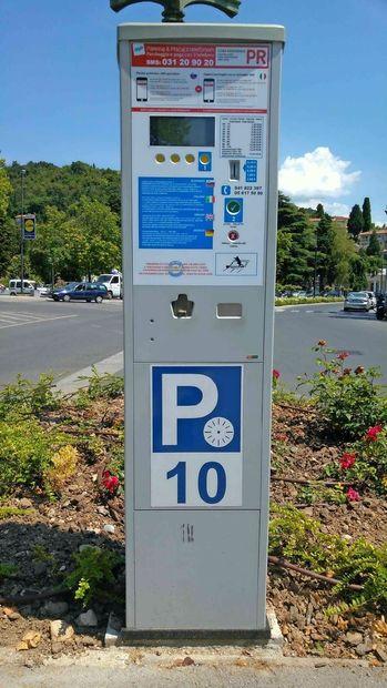 Parkomati spet delujejo