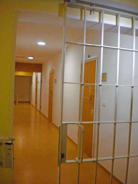 V koprskem zaporu je zavrelo