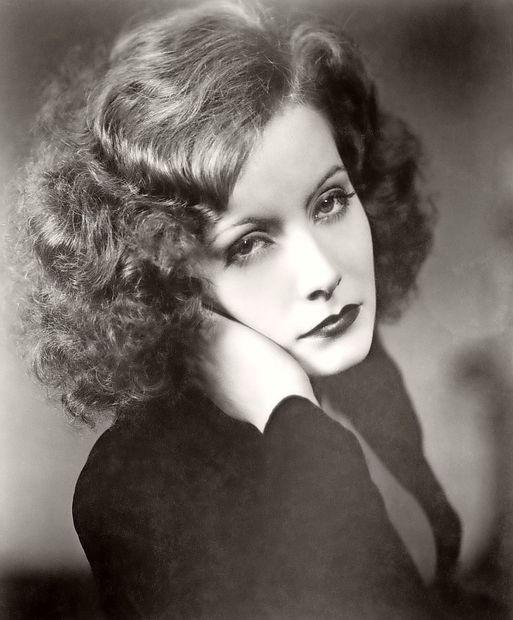"""Greta Garbo: """"Skoraj vedno sem sama"""""""