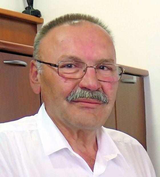 Osebnost meseca junija Želimir Božič je zobozdravnik, ki je odprl pro bono ambulanto