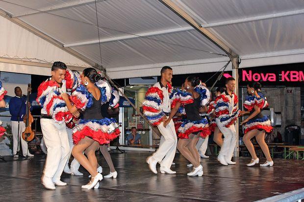 Kubanskih plesalcev so se usmilili