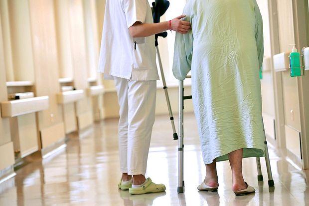 Na severu Italije zdravstveno opozorilo zaradi 150 primerov pljučnice