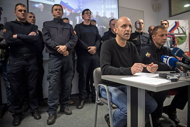 Gasilci: stavka proti vladi, ne proti ljudem