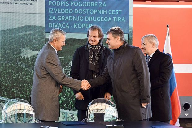 Madžarski posli februarja v DZ