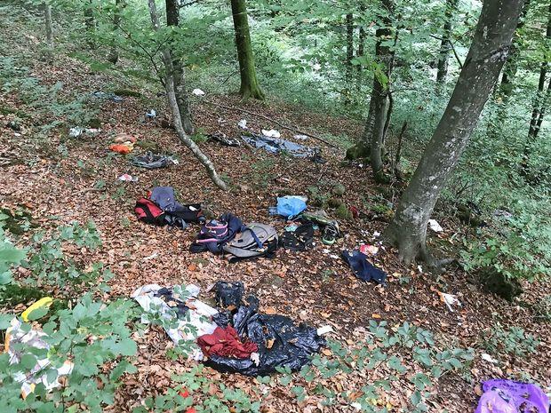 Zagate z odpadki, ki ostanejo za migranti