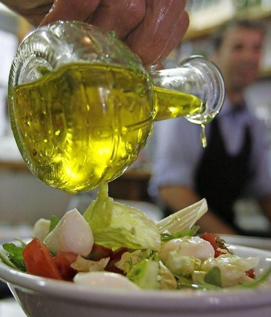 Sporne trditve na etiketah olj: deviško je, ne pa ekstra deviško