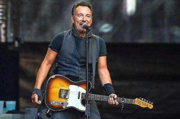 Bruce Springsteen si je premislil glede turneje
