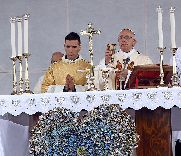 Papež Frančišek obeležuje peto obletnico vodenja Cerkve