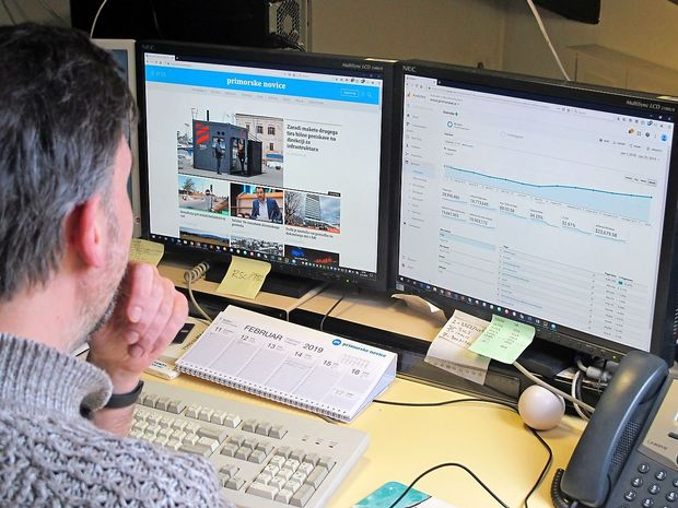 Primorske novice na spletu vse bolj brane