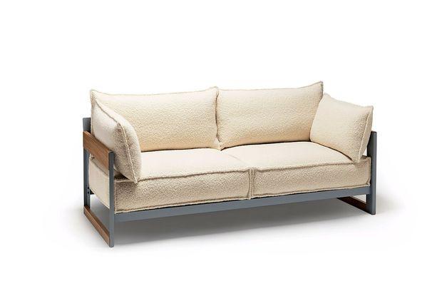 Na svojem kavču