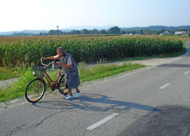 Z biciklom od glave do riti naše male kokoši