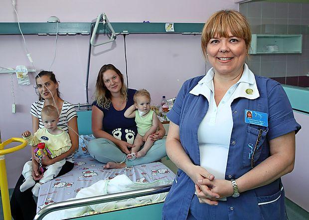 Doroteja Dobrinja, glavna sestra izolske pediatrije, je osebnost Primorske meseca maja
